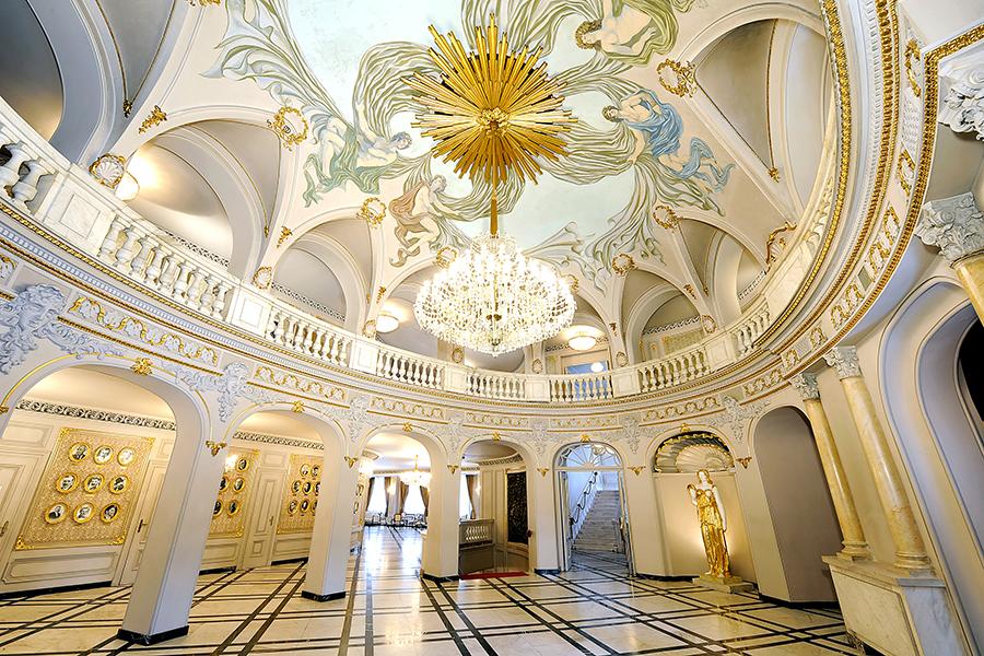 The Ivan Vazov National Theater in Sofia - Народен театър Иван Вазов в София